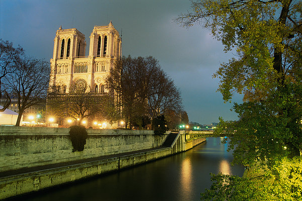 City of Love... Paris
