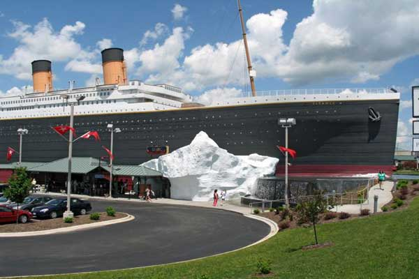 Titanic Museum Attraction in Branson Missouri