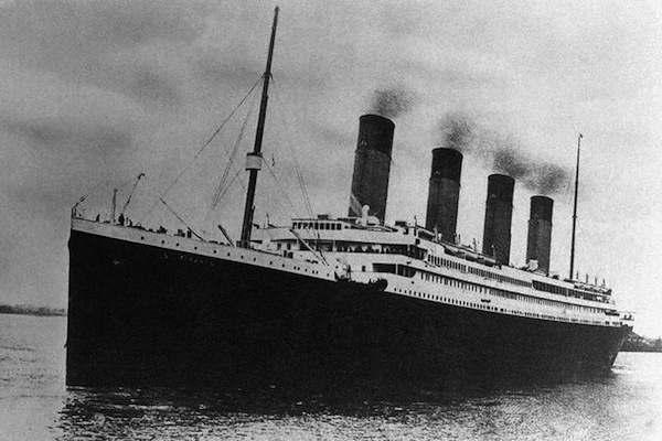 Titanic replica to be built by 2016