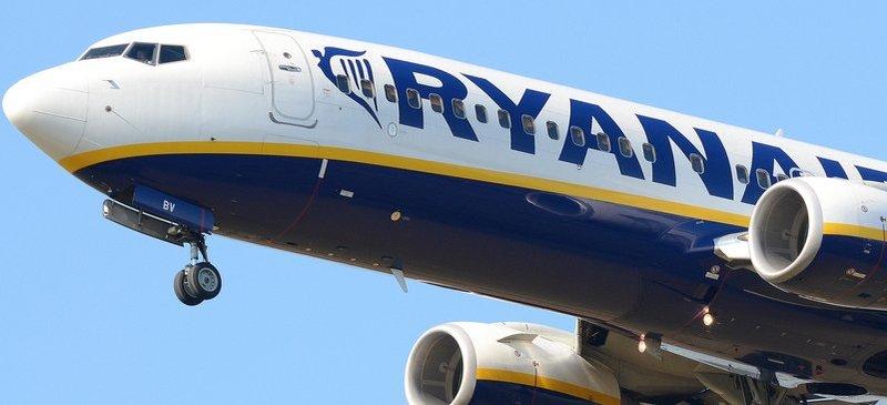 Cutting its winter schedule... Ryanair