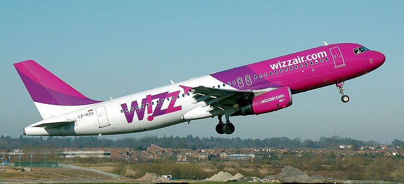 Charging for hand luggage... Wizz Air
