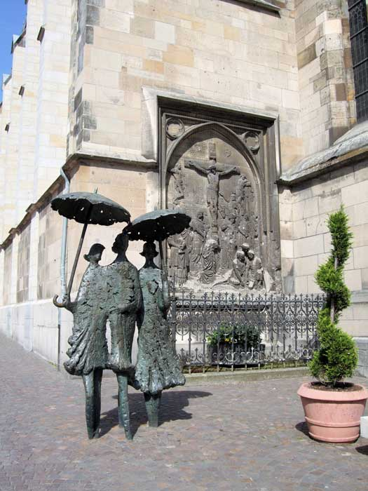 Women with Umbrella by Heinz Tobolla, Aachen, Germany. Photo by Jim Linwood