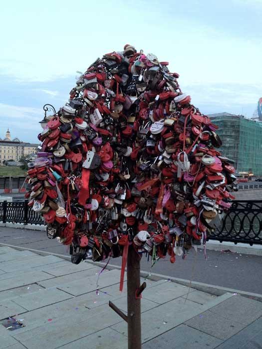 Love trees on Luzhkov Bridge, Moscow