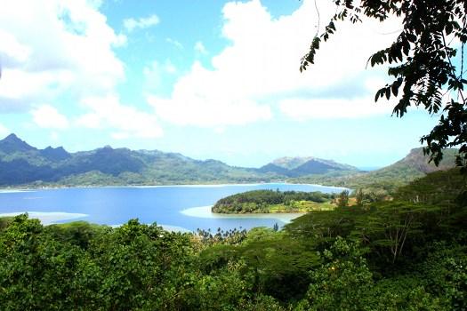 Huahine - untamed islands