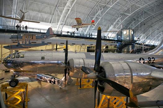 Boeing B-29 Superfortress, Enola Gay