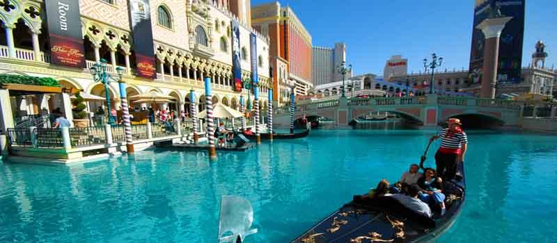 Tourism boom... Las Vegas
