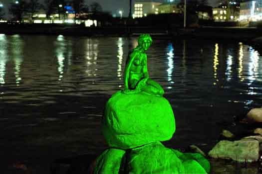 Copenhagen's Little (green) Mermaid