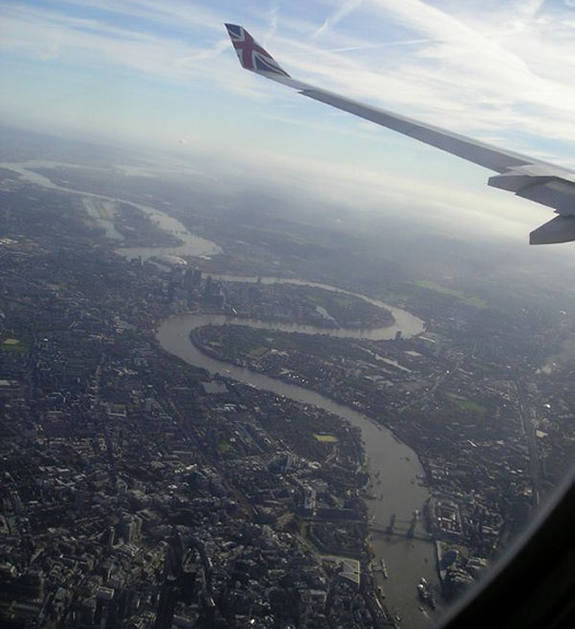 London (D1) - 5 Famous cities from the window seat