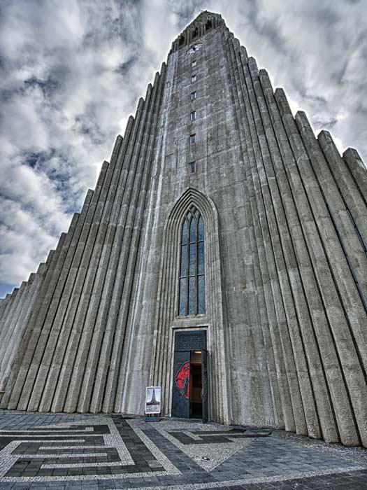 Hallgrimskirkja Church, Reykjavik. Photo by Daniel2005