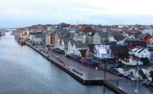 Low-cost Ryanair flights... Haugesund