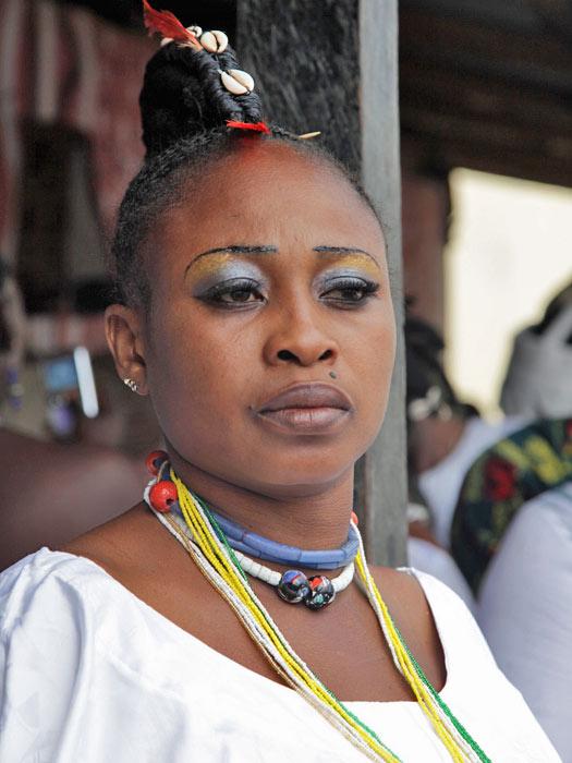 An Osun priestess. Photo by Jeremy Weate