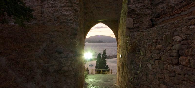 3 enchanted castles