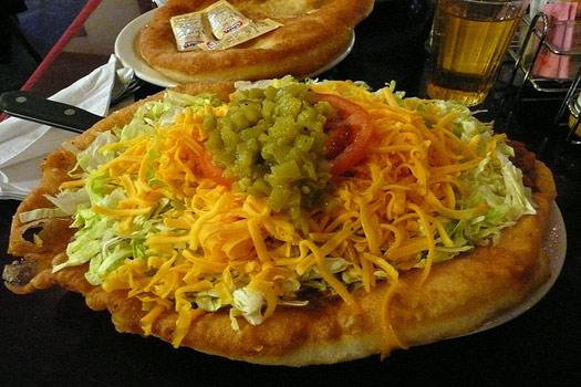 Frybread / Indian taco / Navajo taco, USA
