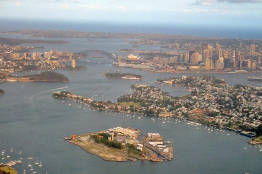 Sydney from above. Photo by Oliver Kessler