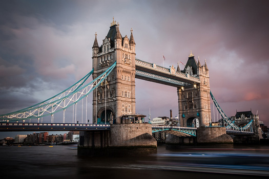 Tower bridge, London. Photo by Bart van Dorp