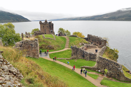 Urquhart Castle and Loch Ness. Photo by Isaxen
