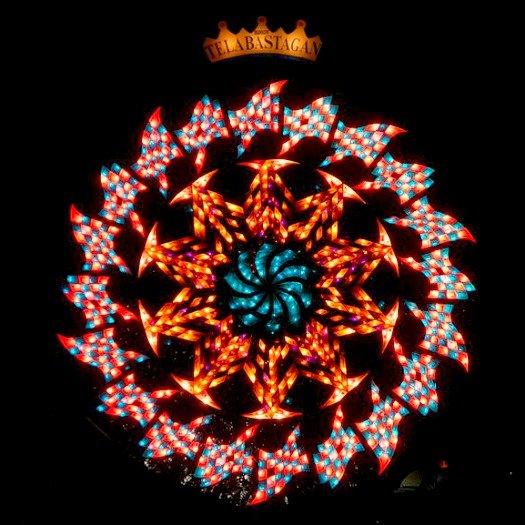 "2012 ""Ligligan Parul"" Giant Lantern Festival. Photo by Ramon FVelasquez"