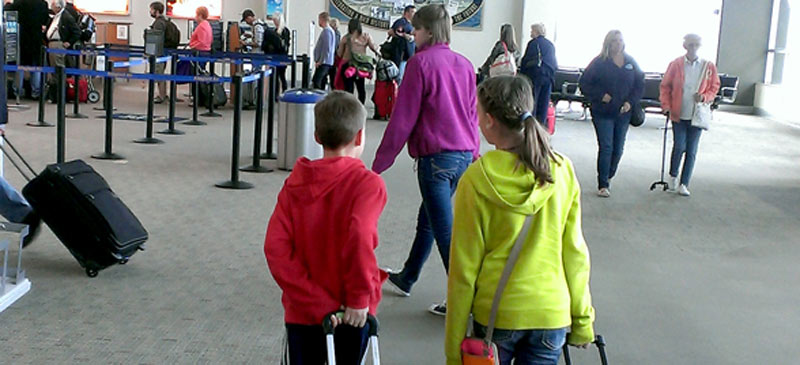 The most annoying questions parents hear - while travelling