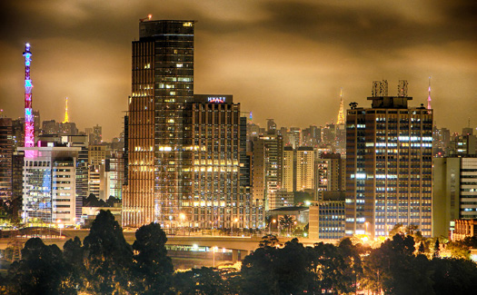 Sao Paulo at night (Image: Diego3336)