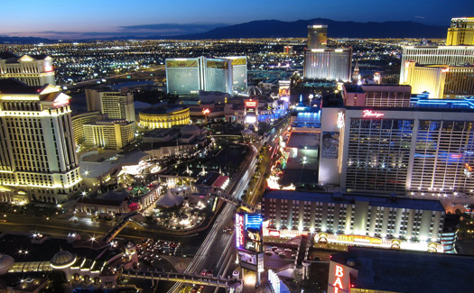 Las Vegas at night (Image: allenmcgregor)