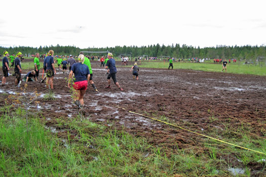 Swamp Soccer, Finland. Photo by Mari Lahnalampi