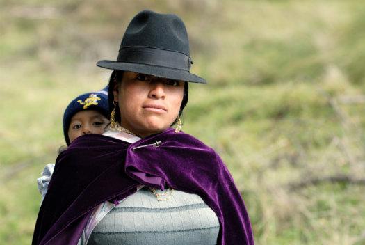 La Paz © Misha Shiyanov/iStock/Thinkstock http://www.thinkstockphotos.co.uk/image/stock-photo-latin-woman-in-national-clothes-with-little/99056812