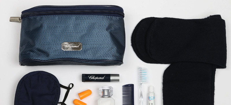 What do you get in a Vietnam Airlines Business Class amenity kit? 2