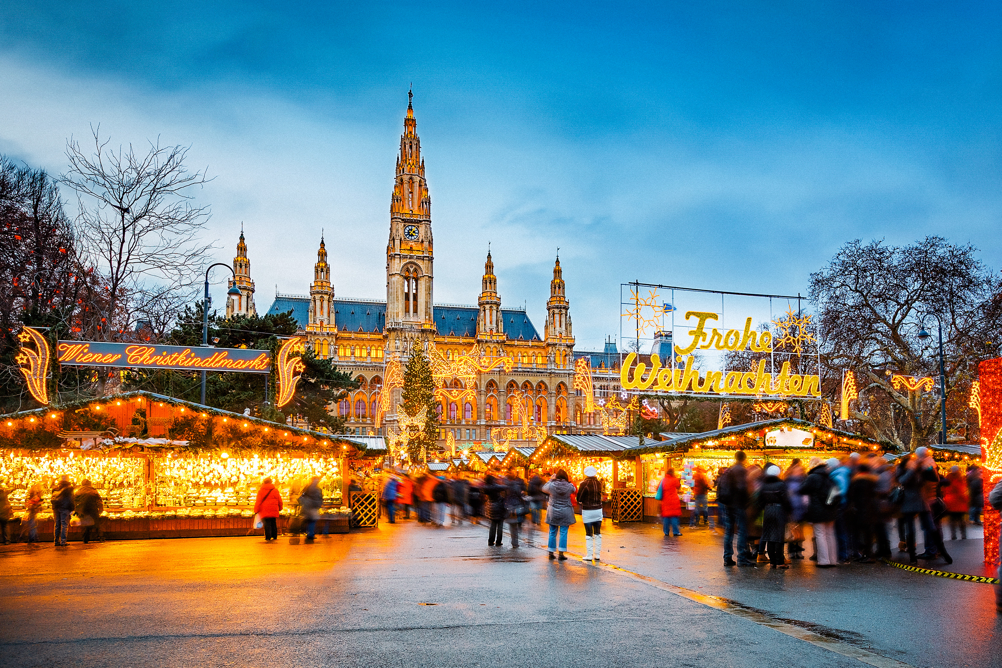 Christmas In Europe.10 Of The Best European Christmas Markets Cheapflights