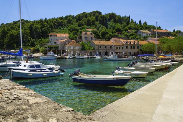 Sudurad Fishing Port