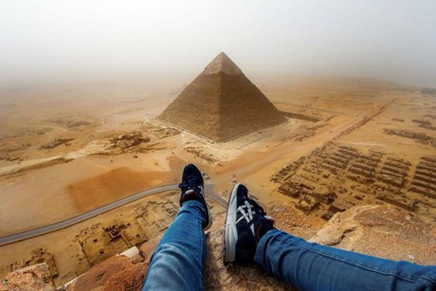 These photos will give you a serious vertigo 1